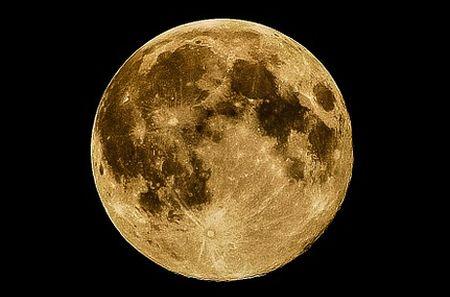 月の内部に大量の水