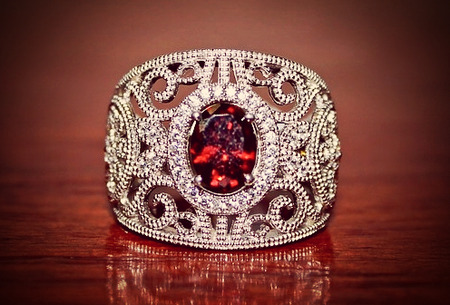 呪いのガーネット指輪