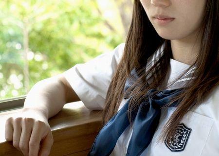 怖い話セーラー服の少女