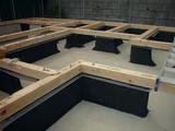 土台敷き基礎に炭塗1