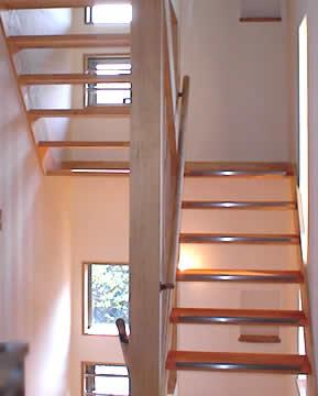 階段による通風の工夫
