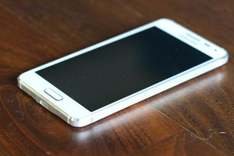 韓国サムスン、9月にiPhone酷似の「Galaxy Alpha」を出すも撃沈していたことが判明