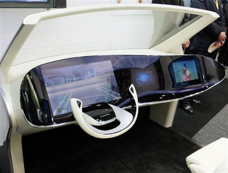 パナソニック、スマホと連動する次世代自動車のコックピットを生産へ