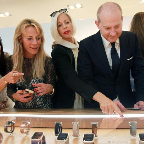 「Apple Watch Sport」38mmモデルの推定原価は約1万円で粗利益率約76%、購入意向者の平均世帯年収は約800万円「これぞ高級ブランド腕時計」