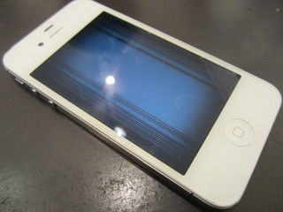 iPhone5sでWin同様のブルースクリーン現象の報告が相次ぐ