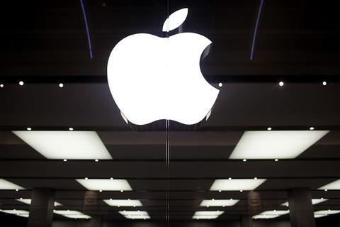 SIMフリーの格安スマホが出たりSurfaceも2万円台が当たり前になったのにアップルは強気な値段を続けるのかな
