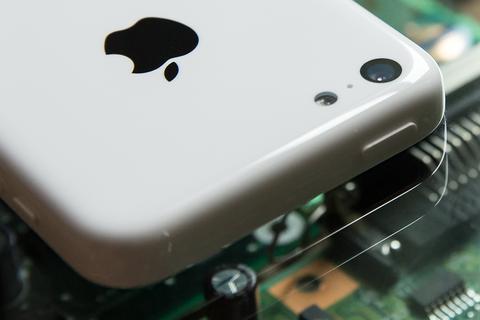 アップル、リキッドメタルとサファイアガラスを使用する技術特許を取得 —iPhone・iPadで採用か