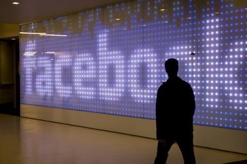 米フェイスブック、リア充Wi-Fiこと「Facebook Wi-Fi」を日本でも導入へ