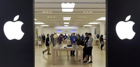 アップルストア、内装デザインとレイアウトの商標権取得『中国のパクリ店舗に対抗策』中国当局に知的所有権侵害黙認と国際的批判