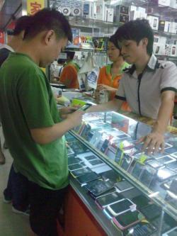 「中国でのシェアは7割越」中華スマホメーカーが376社に激増、海外の中華市場参入は厳しい?