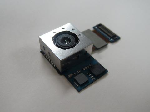 スマホ用COMSカメラ、ようやく高画素至上主義から脱却か -AF・OIS開発も重要視