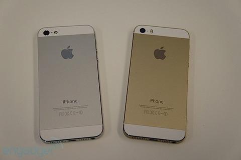 iPhone5sのシルバー・ゴールドのあまりの品薄に不満爆発