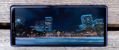 2020年の新型Xperiaの情報がリーク!ディスプレイが21:9比率の4K 120Hzで、5G対応、6眼カメラまで!?