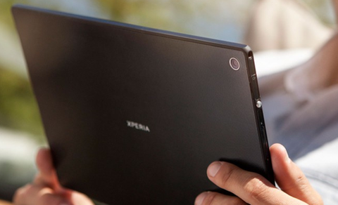 au向け 次世代「Xperia Tablet(Caster)」が技適通過、WiMAX 2+・LTE・Q2に発売など