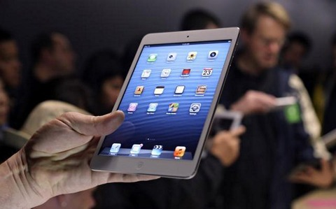 iPadminiRetinaは11月21日発売?シャープが原因で来春になるとの報告も