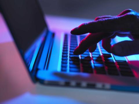 アマゾン・楽天・LINEのIDやパスワード506万人分が流出、うち5万9000人分の違法接続を確認