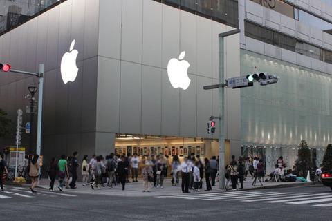 iPhone5s/5cの待機行列はどれくらい?AppleStore銀座・各キャリア旗艦店の現状