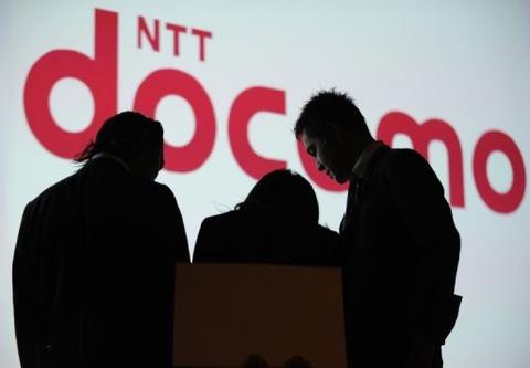 NTTドコモ、第3四半期は11.2%の減収に -カケホーダイ新料金プランが裏目