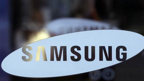 韓国サムスン電子、第1四半期の純利益が40%大幅減 -アップル・中華メーカーの猛攻と為替変動が要因