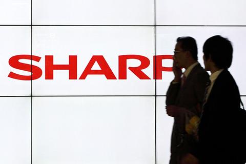 シャープ、本社ビル売却とリストラ5000人で大手銀行2行から2000億円の支援獲得
