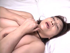 夫に触れられなくなって久しい五十路の欲求不満妻たちが不倫セックスで燃え上がる!