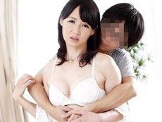 「母さんは僕だけのモノなんだい!」夫の横で息子に寝取られる五十路母! 安野由美