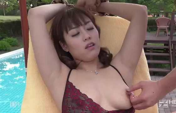 【三上里穂】 水着がよく似合うね!すごくセクシーだよ!