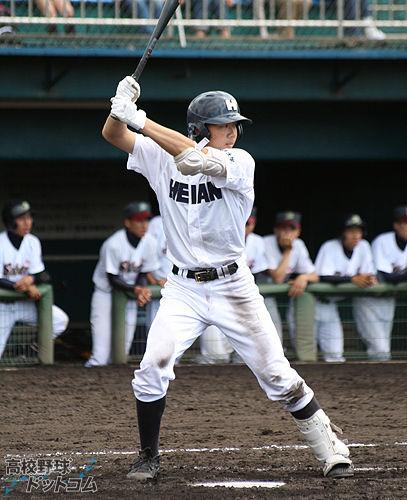 img10 高橋大樹(龍谷大平安高)長打のある大型外野手。高校通算本塁打は37本。広... ドラ
