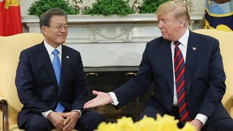 【韓国の反応】トランプ、四月の2分米韓首脳会談でムンジェインに日本との関係改善を要求していた