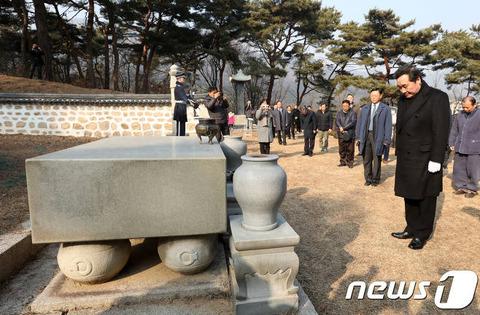 【韓国の反応】知日派のイナギョン韓国首相「日本は侵略した過去の前に謙虚になるべき。韓国は未来の前に謙虚になって栄光の国を作るべき」→韓国人「名言!!」