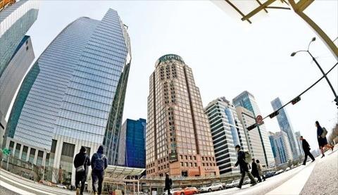【韓国の反応】世界6位から36位に…金融中心地ソウルの無限墜落「アジアでも中国と日本の主要都市に遅れを取り10位圏外に」
