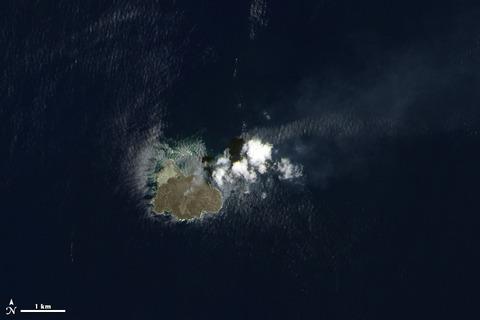 2014年7月4日時点の西之島