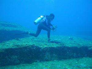 与那国島海底地形