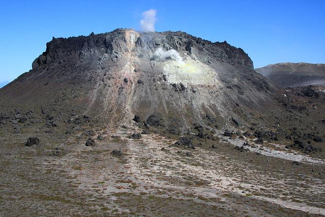 樽前ドーム(熔岩円頂丘)
