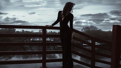 blackdress001