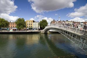Halfpenny Bridge - Dublin
