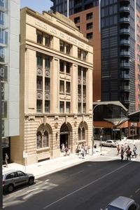 phoca_thumb_l_Adelaide%20building