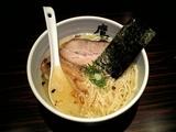 鷹虎 塩ら〜麺