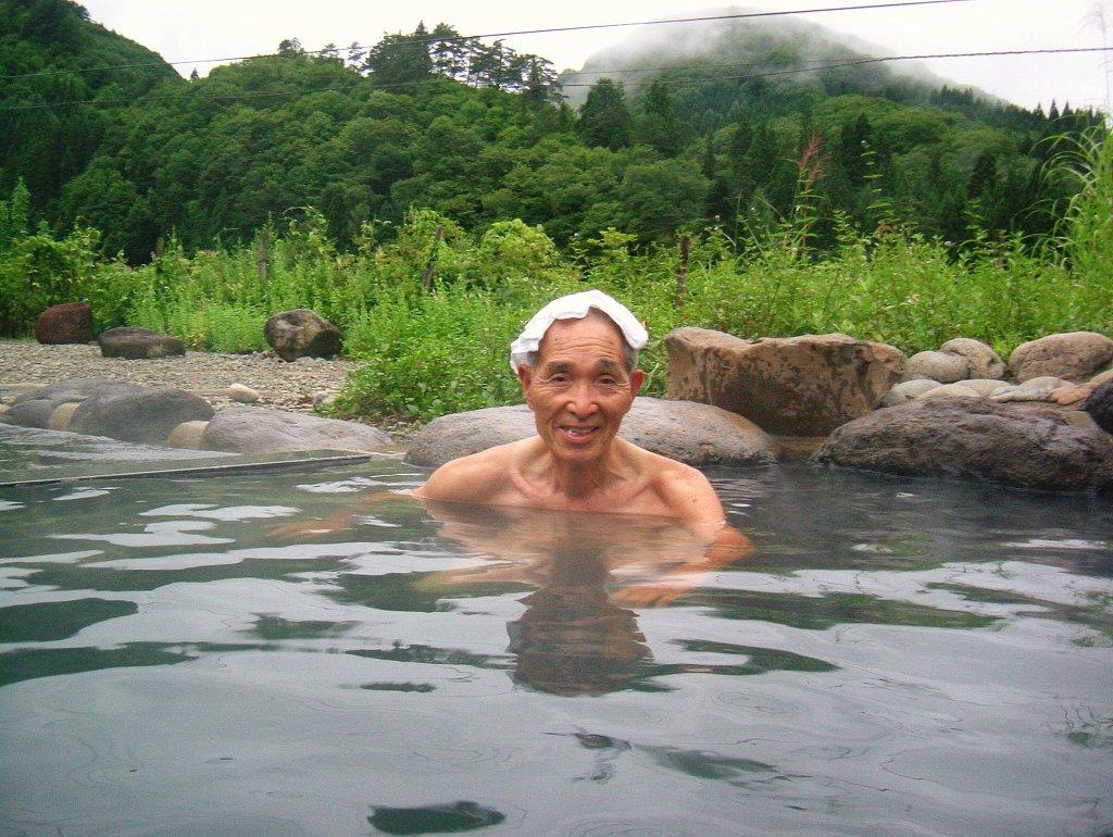 父(柳川温泉にて:2003年8月16日)