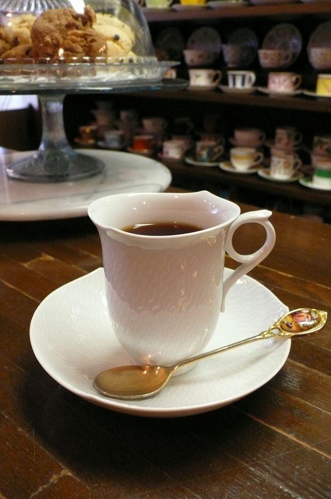 マイセンのカップで:円満茶房