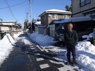 ★アーカイブ:愛車旧デリカと雪の山形の実家で父と(2009.1.1)