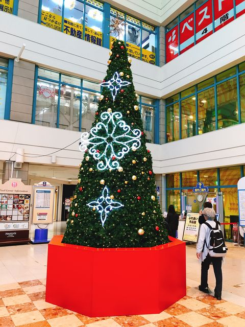 ショッパーズプラザのクリスマスツリー