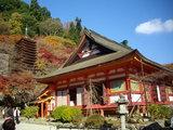 神廟拝所と塔