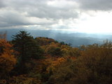 紅葉の山と紀伊山地