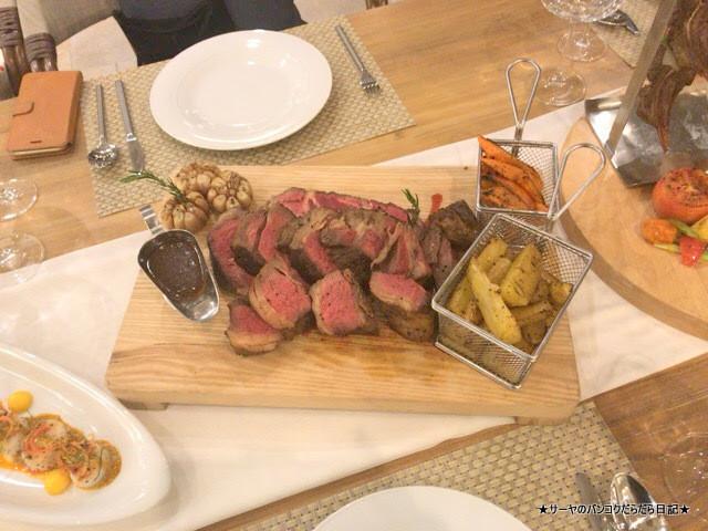 CELES HOTEL SAMUI DINNER  ディナー ゴージャス (2)