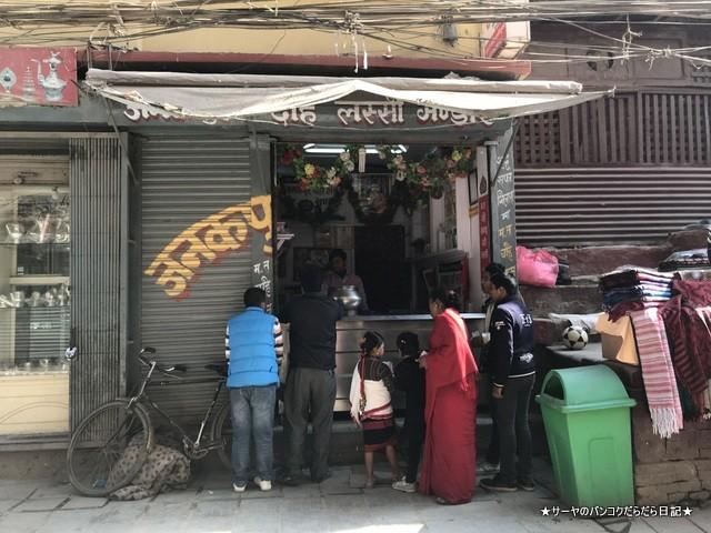 Janakpur Dahi Lassi Bhandhar カトマンズ ラッシー (1)