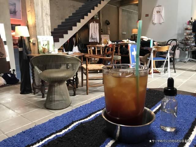 WWA x Chooseless ekamai cafe 2018 バンコク (10)