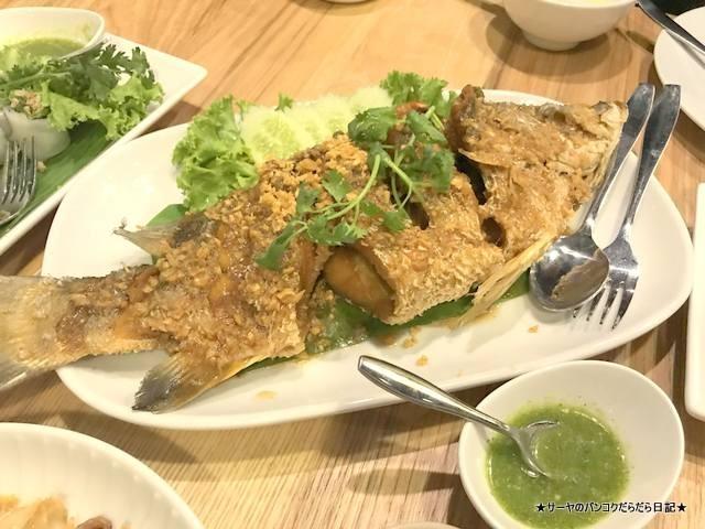 Savoey Seafood  タイ料理 バンコク terminal21 アソーク (11)