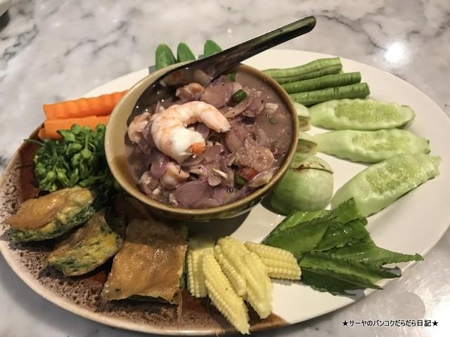Phuket town プーケットタウン タイ料理 レストラン トンロー (6)