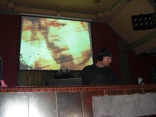 20081105 DJ SHADOW 2
